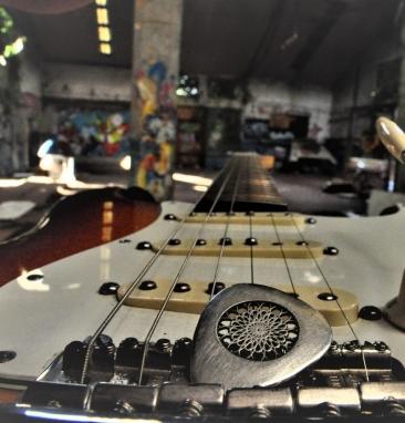 Dutch Crow Guitar Picks